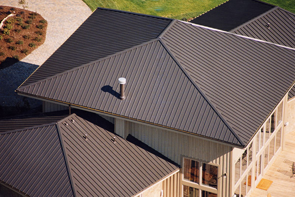 clicklock standing seam in mustang brown